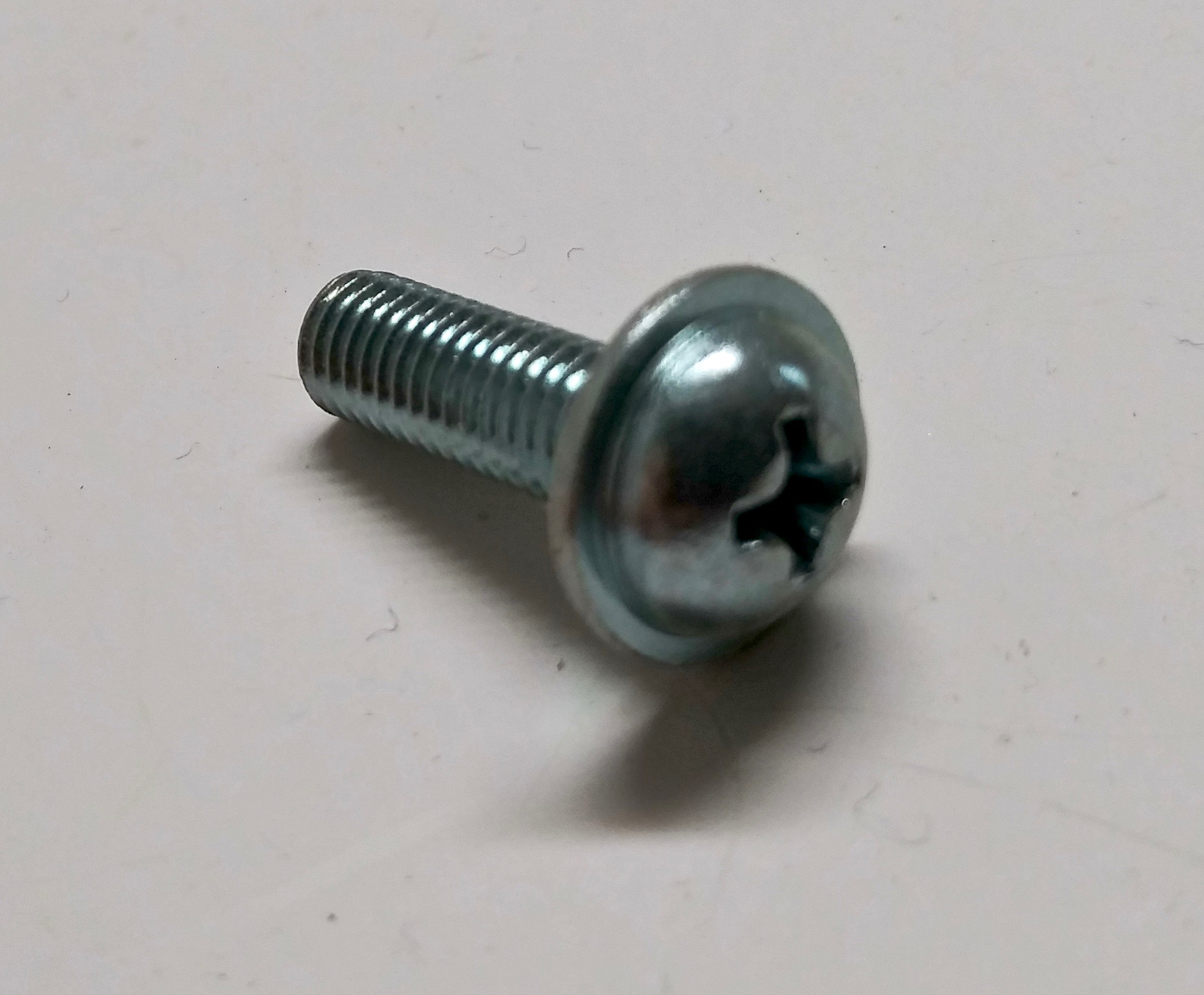 Tapping Screw With Washer