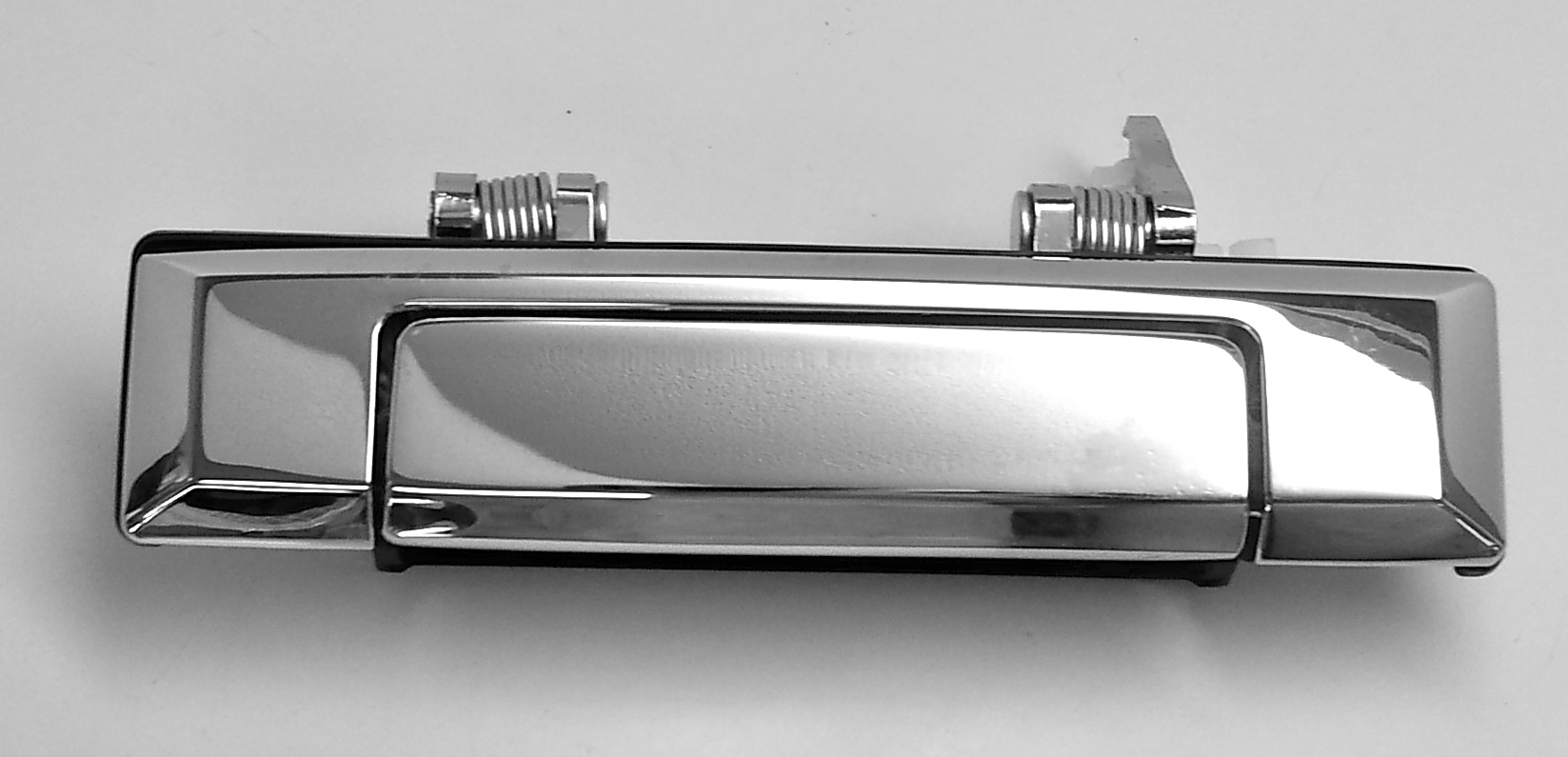 Front Left Outer Door Handle for 81-90 70 Series