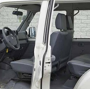 Front Seat Set of 2 All years from 2018 2020 HZJ79 Double Cab